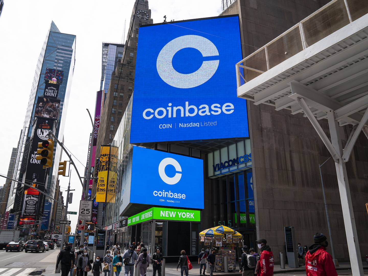 Coinbase to Allow US Users to Deposit Paychecks Directly in Crypto